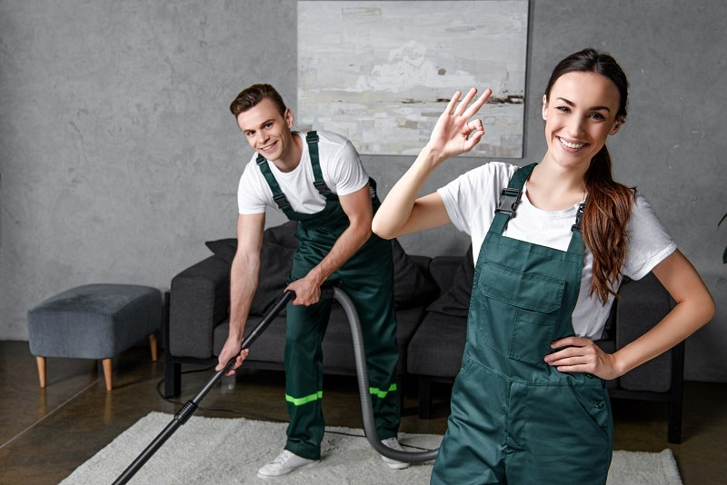 professional cleaners using the best commercial vacuum cleaner